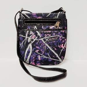 Muddy Girl Camouflage Crossbody Purse